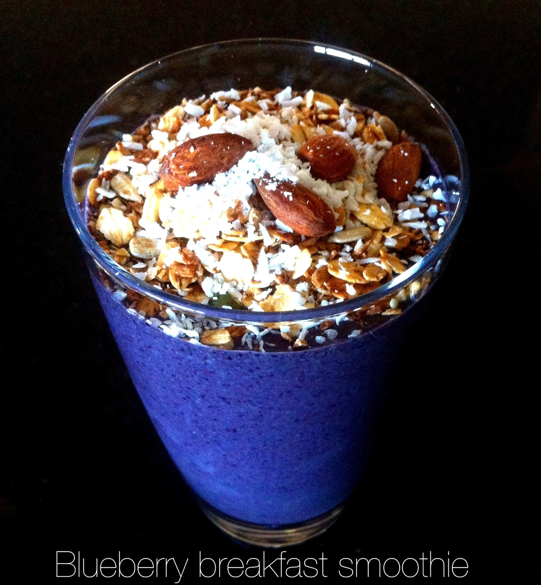 Blueberry Breakfast Smoothie | Megs And Soph